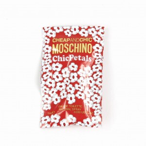 MOSCHINO CHEAP AND CHIC CHIC PETALS EDT 1ML